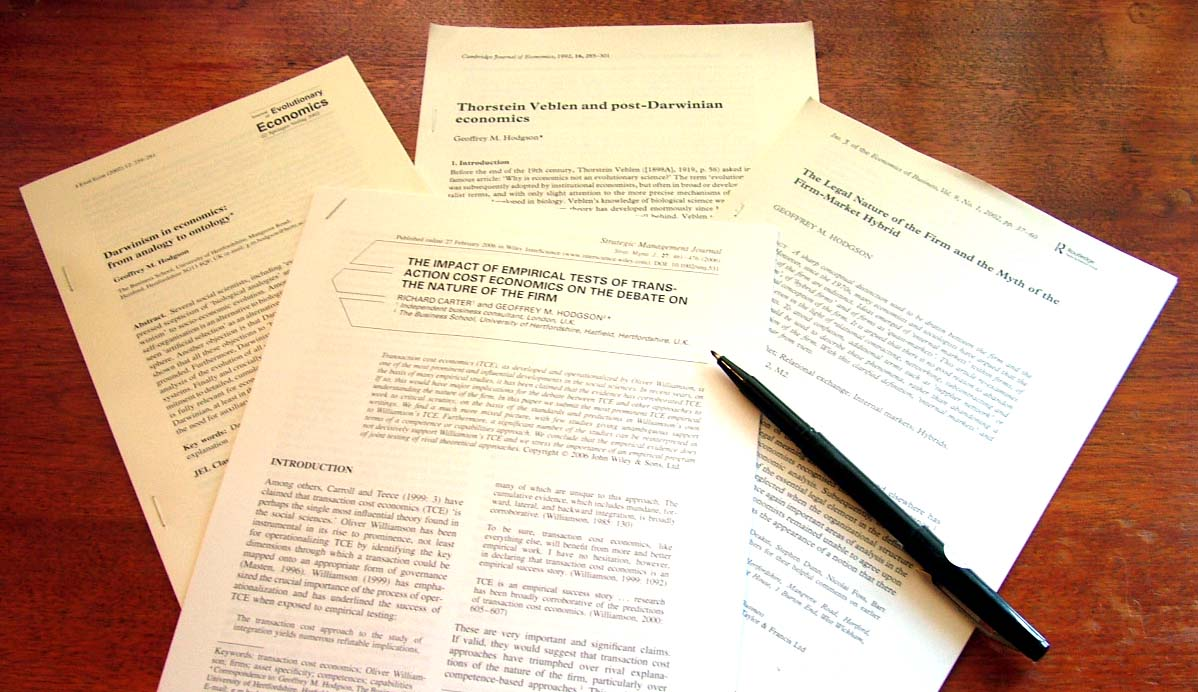how to write academic articles Cite all paraphrased or quoted information drawn from the literature you can use a combination of the author's last name, a shortened version of the title, the date or the page number where the information was found this will depend on the instructions provided to you for the review and the academic writing style you're using.